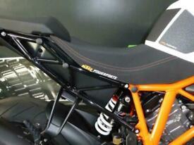 KTM 1290 SUPERDUKE R HYPER NAKED STREET BIKE AKRAPVIC EXHAUST