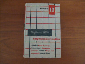 VINTAGE MARY MARGARET MCBRIDE ENCYCLOPEDIA OF COOKING