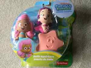 BRAND NEW FISHER PRICE BUBBLE GUPPIES BATH SQUIRTERS