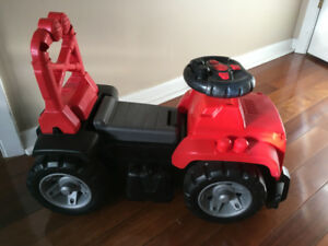 Mega Blocks Ride-On Jeep