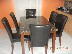 dining table c/w 6chairs