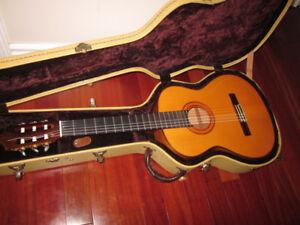 Almansa Cyprus 447 Flamenco Guitar