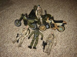 4 TOY SOLDIERS, JEEP & 2 MOTORCYCLES/TOYS London Ontario image 1