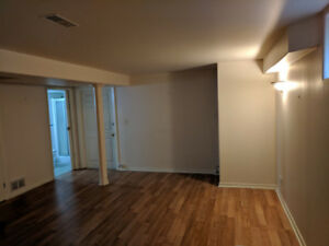 1 Bedroom Basement apartment in Aurora
