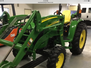 JOHN DEERE 4120 WITH 400CX LOADER WITH ONLY 560 HOURS