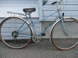 velo sport mixie cruiser bike EXCELLENT SHAPE view all images