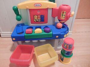 atelier pour bebe little tike