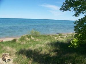 LAKEFRONT 2 BEDROOM COTTAGE ON LAKE HURON