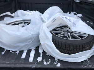 Lexus CT 200h snow tire packag:Alloy Rim,TPMS, BridgeStone tires