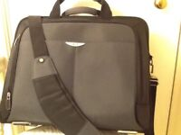 💻 Brand new black acer computer bag pristine as new