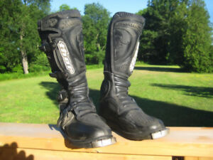 Thor T20 Motocross Boots, Mens size 7,  Almost New