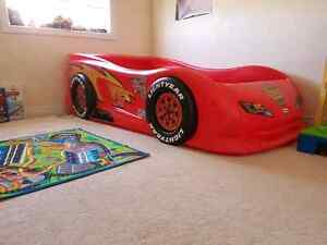 Kids lighting mcqueen bed