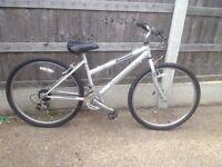 Ladies raligh bike in very good condition