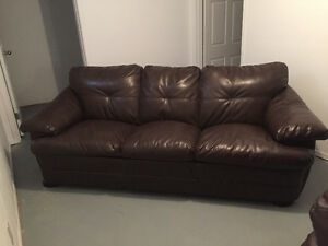 Brown pleather couche set