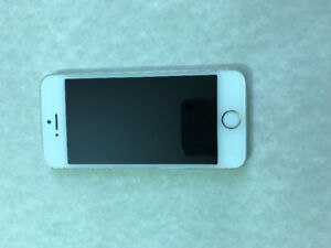 Gold iPhone 5S 16GB originally bought/serviced with Koodo.