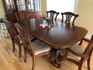 Dining Table with 6 Chairs + Buffet & Hutch