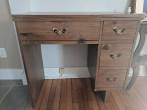 Sewing table/expanding desk
