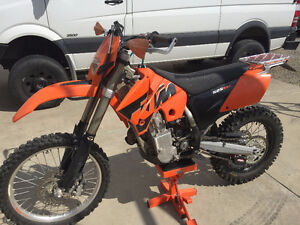 2005 KTM 525 EXC, Excellent Condition, Low hours.
