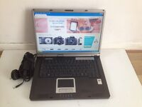 Fully working Laptop - WINDOWS XP, WIFI, MS OFFICE