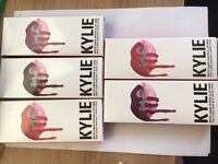 Kylie Jenner Matt lipstick & Lip Liner
