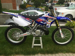Yamaha yz250 2013 excellente condition moins de 25h