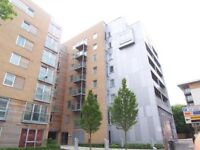 3-bed luxury furnished apartment in Telephone House overlooking Southampton Water
