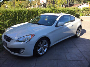 2010 Hyundai Genesis Coupe Fully Loaded