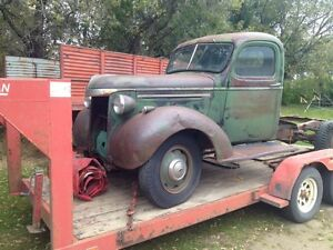 Early 42Chevrolet 3/4 ton truck
