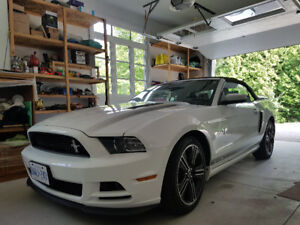2014 Ford Mustang California Special Convertible GT Premium