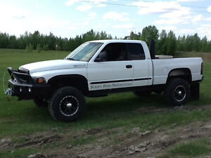 1999 Dodge Power Ram 2500 Pickup Truck