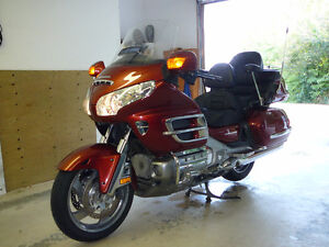 2007 Goldwing, with NAV, loaded