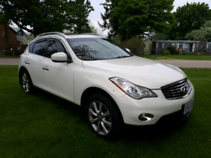 Excellent condition luxury infiniti ex 35 2010  fully equipped