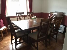 Extendable table & six chairs mahogany/teak wood