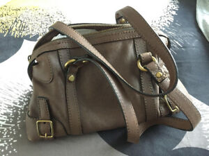 73ad8b8062af Authentic Fossil Purse