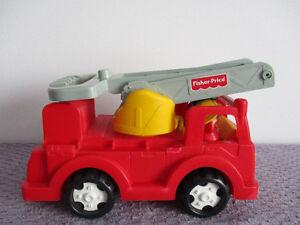 Camion  De Pompier Fisher  Price  2 Figurines 11po