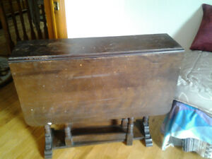 Antique Drop-Leaf Table