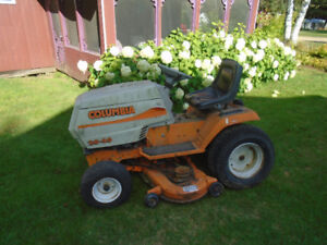 Tracteur COLUMBIA 20 HP 46 `` de coupe pour bricoleur