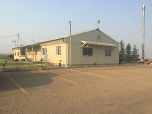 OFFICE/SHOP space for rent! 4000 Sq ft. EVERYTHING you need!