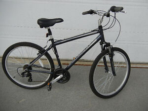 Vélo freestyle,bicycle pédales BMX mongoose hybride bicyclette
