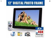 "Digital Photo Frame 12"""