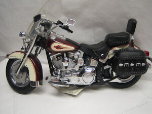 Franklin Mint Die-cast Harley Davidson Motorcycle