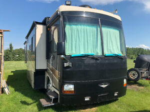 2006 Fleetwood Discovery diesel pusher 40FT