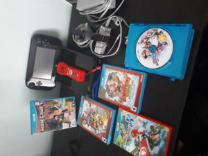 Wii U Console, Mario Controller and  5 games