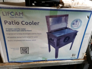 Lifoam Wood Patio Cooler for Sale - New in box