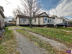 3 Bedroom House for Sale in Fort Erie!
