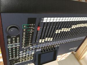 Console de son digitale Roland VM-7200