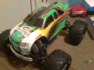 Nitro RC Truck and lots of parts