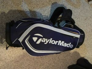 Taylormade 4.0 kickstand golf bag (NWT)