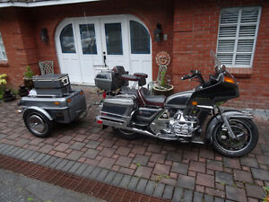 COLLECTORS 1983 HONDA GOLD WING WITH TRAILER