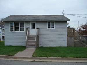 Beautiful 3 Bedroom Apartment in Armdale for Sept 1/17 for $975